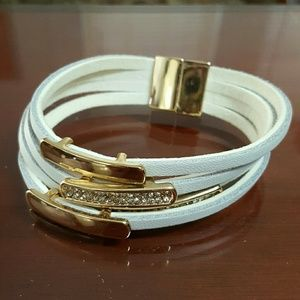 Jewelry - ❤3 for $15! Multi-strand white leather bracelet